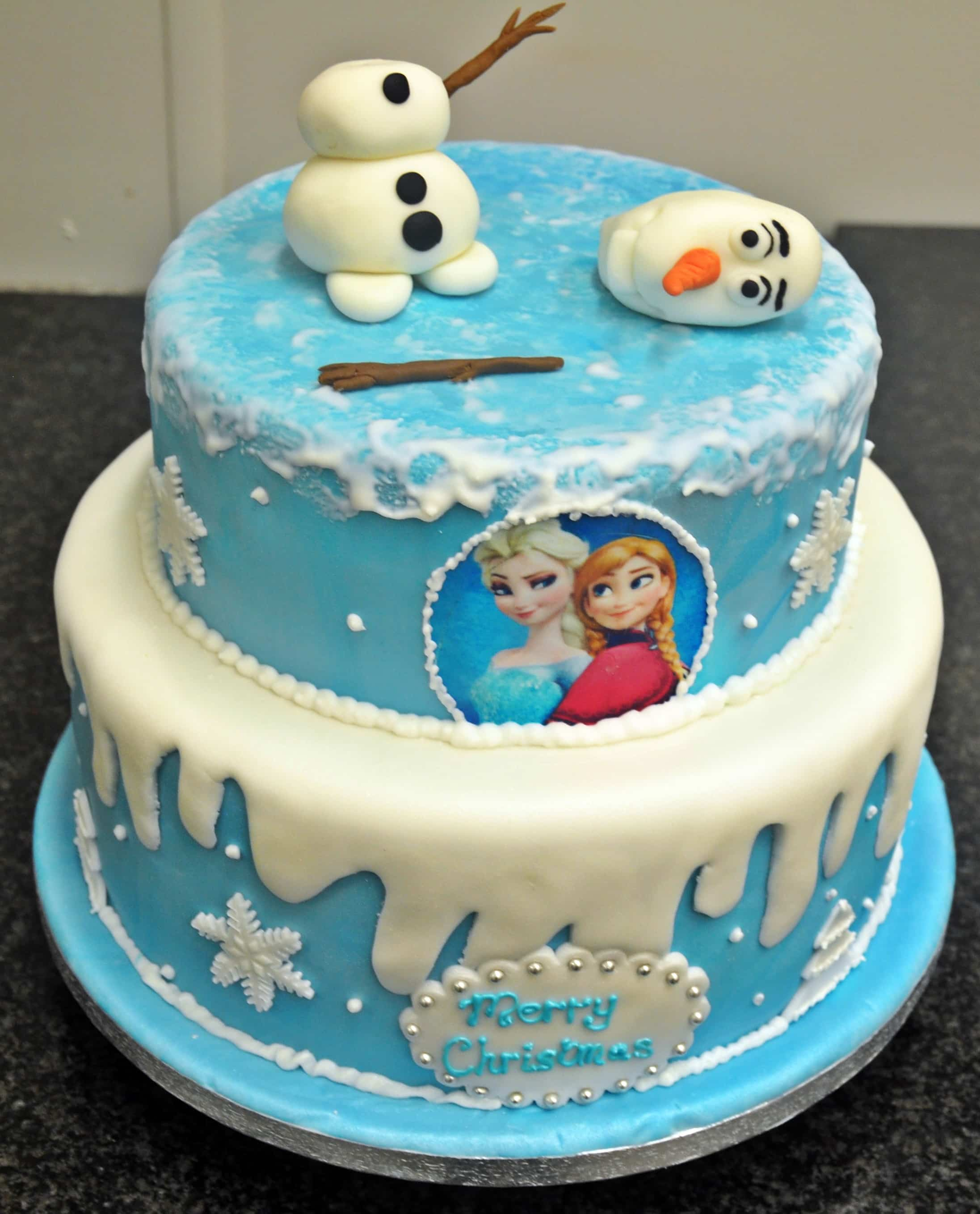 17 Best images about Cartoon Character Cakes on Pinterest