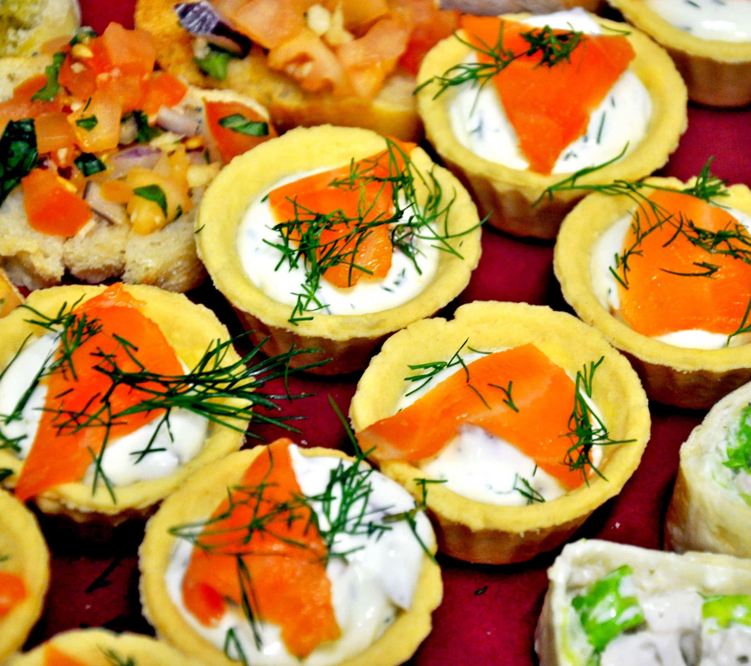 salmon tartlets canapes