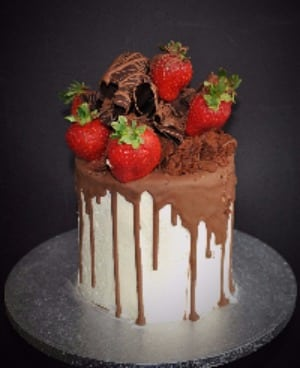 Strawberry  Brownie Drip Cake